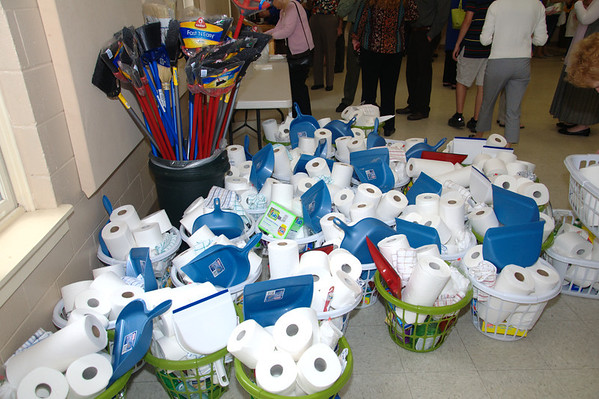 Outreach - Preparing welcome baskets for PLM