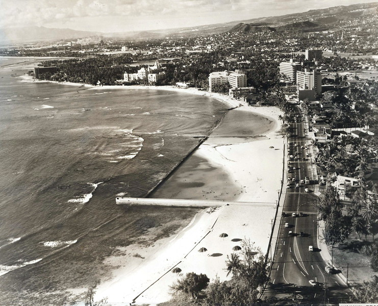 Waikiki 1930s