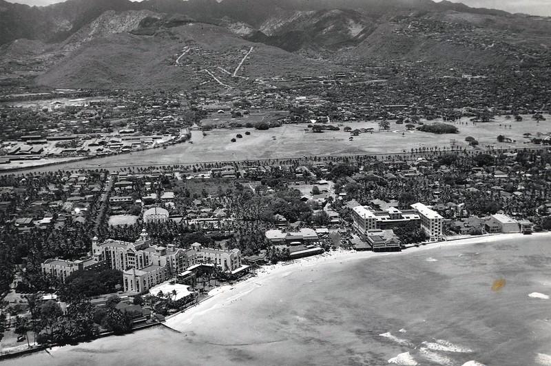 Waikiki Beach after 1936