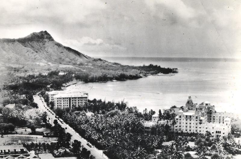 Waikiki Beach 1935