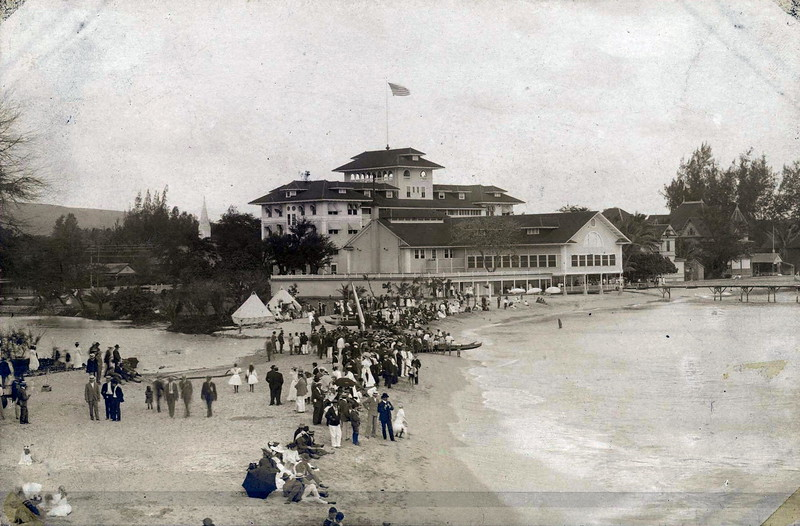 OCC Beach & Moana Hotel