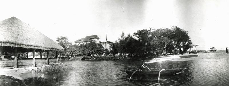 OCC Lagoon on Waikiki Beach.