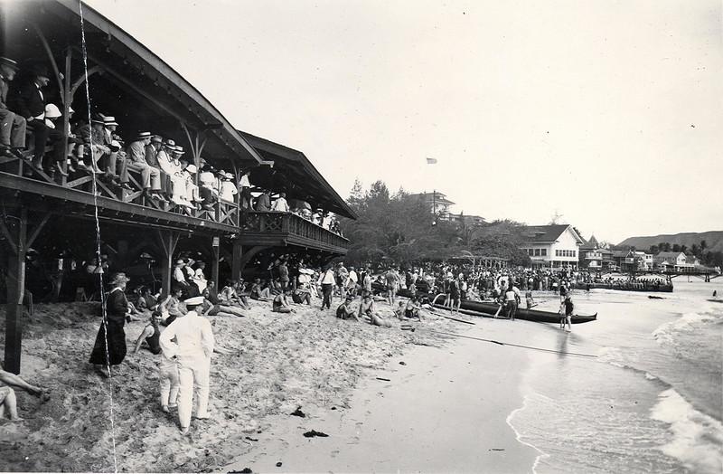 Outrigger Canoe Club 1915