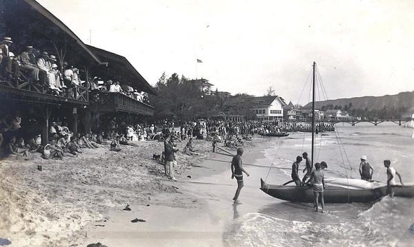 Outrigger Canoe Club 1919