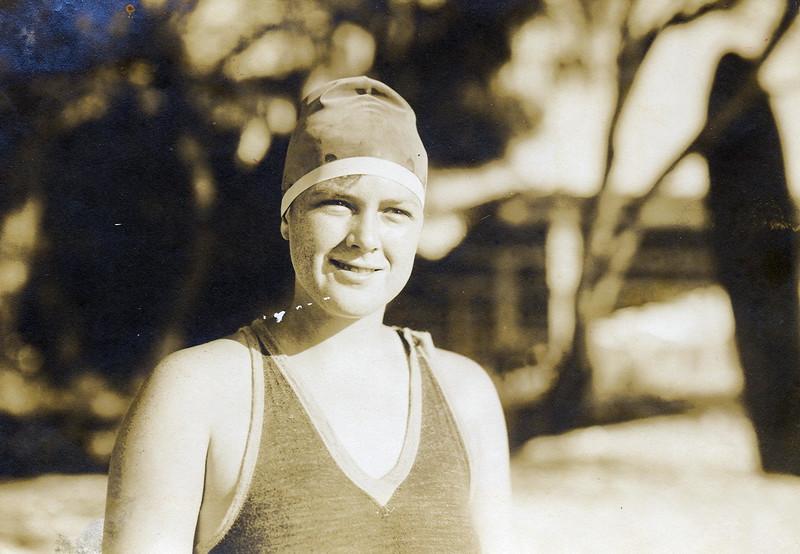 Outrigger Canoe Club Olympian 1920