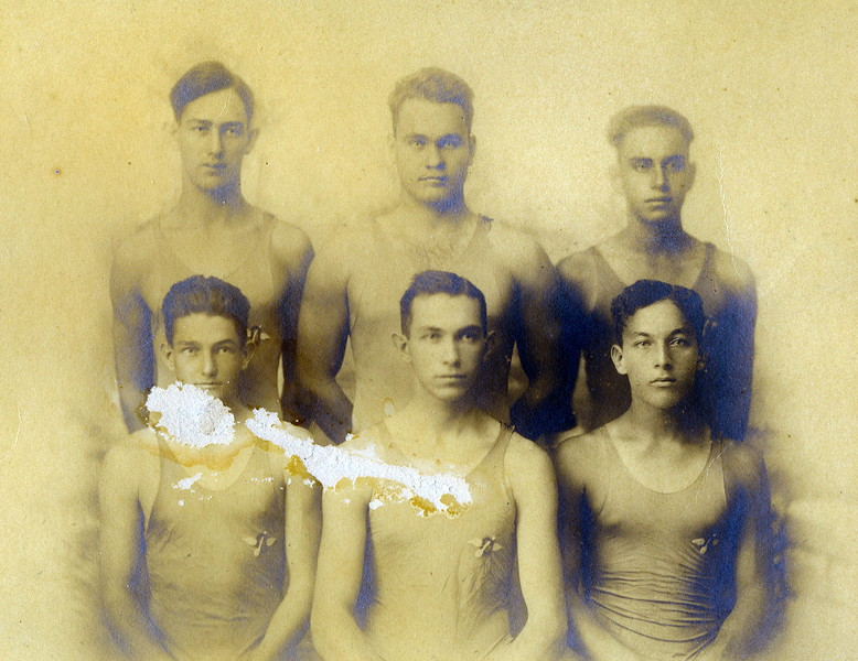 Outrigger Canoe Club Relay Team 1919