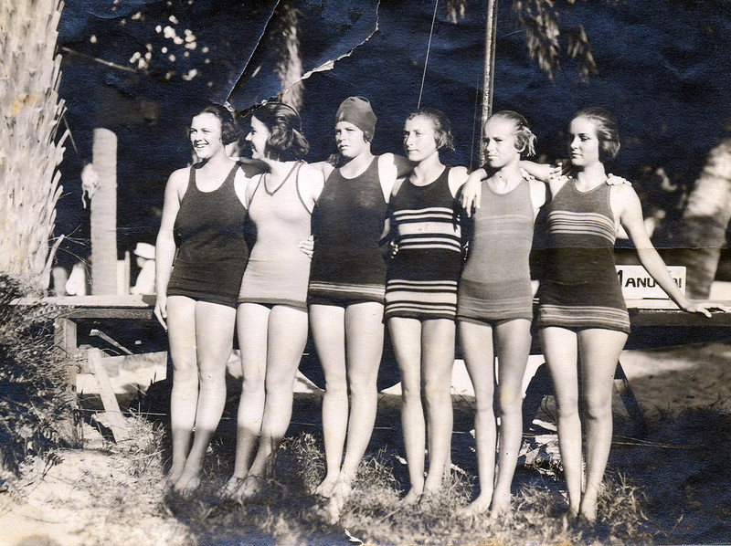 Outrigger Canoe Club Swimmers 1921