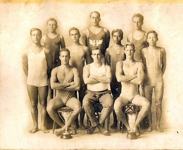 Healani Swimmers c 1917