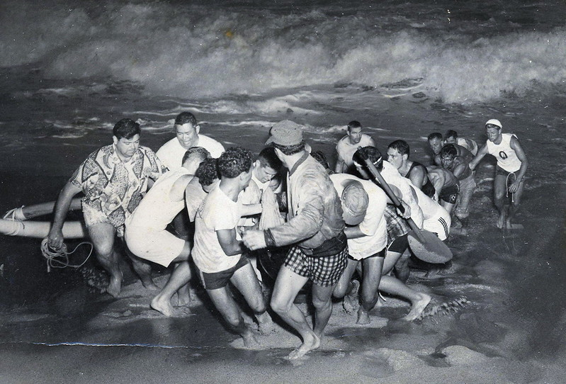 1955 Molokai to Oahu Canoe Race