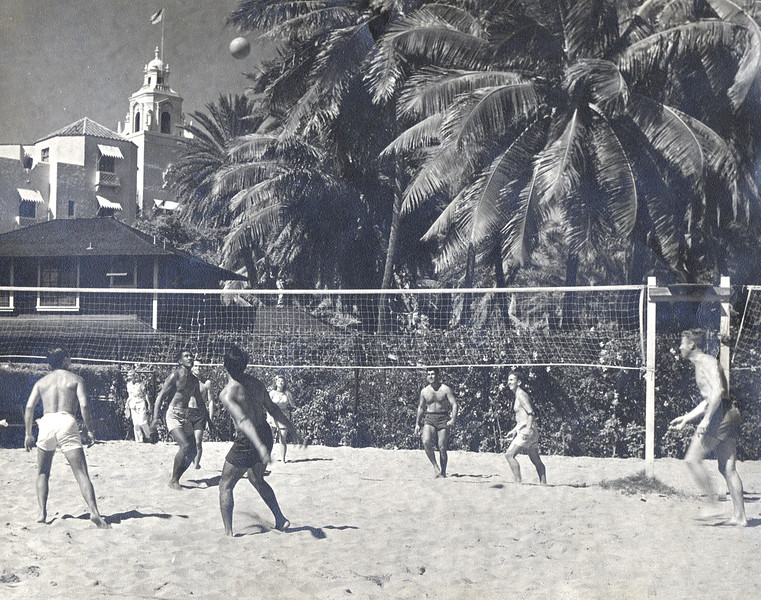 1945 Outrigger Canoe Club Volleyball