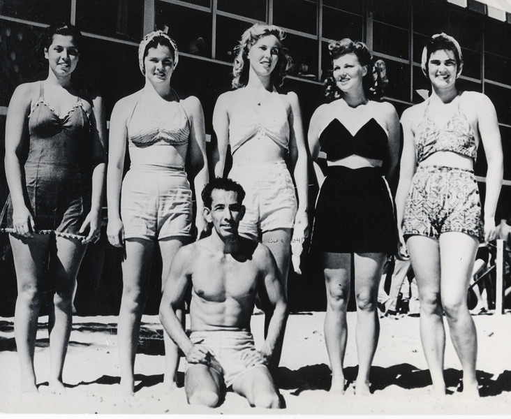 1945 Macfarlane Regatta