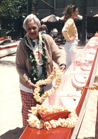 1986 Blessing Hokuwelowelo, Leahi, Eleu Canoes 4-5-1986