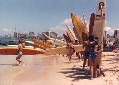 9th Waikiki Winter Ocean 10K PB Race 12-27-1986