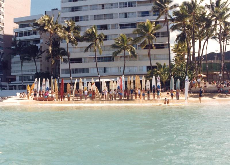 1987 Waikiki Winter Ocean 10K PB Race