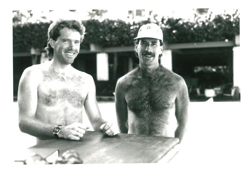 1990 Outrigger Canoe Club Beach Desk