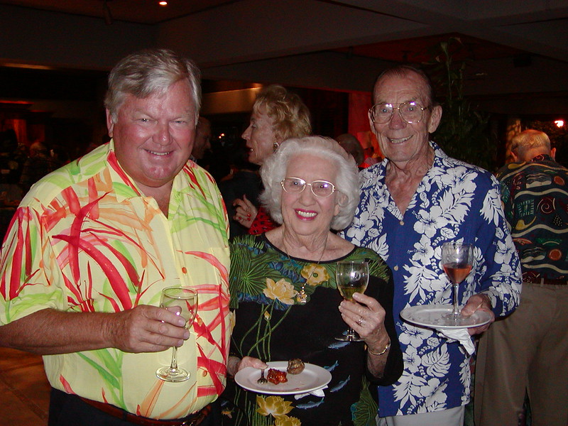 2002 Hoike & Wine Tasting Party