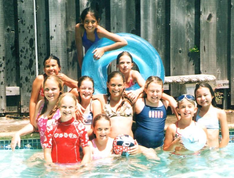 2004 Outrigger Girls 10 Volleyball Team