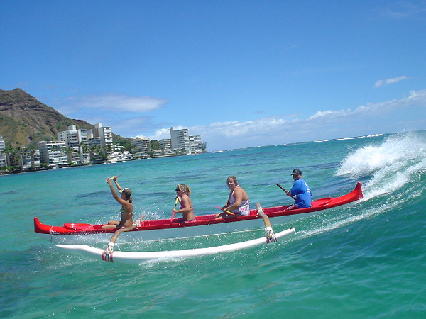 2005 Canoe Surfing