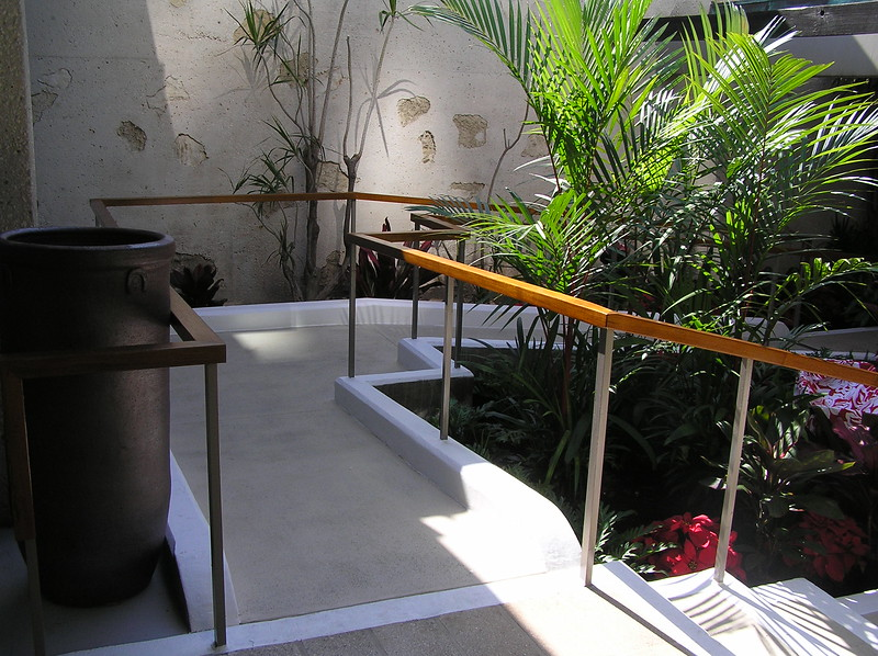 2005 Access Ramp