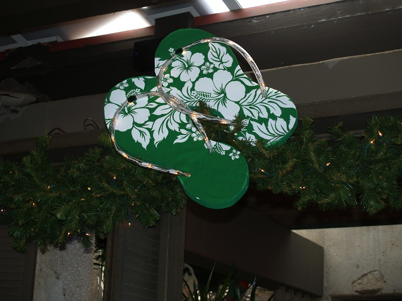 2009 Outrigger Christmas Decorations