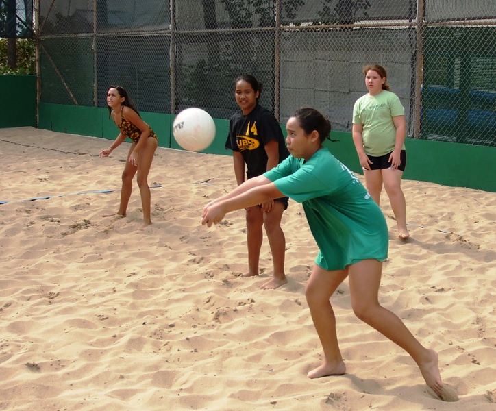 2010 Girls Beach Volleyball