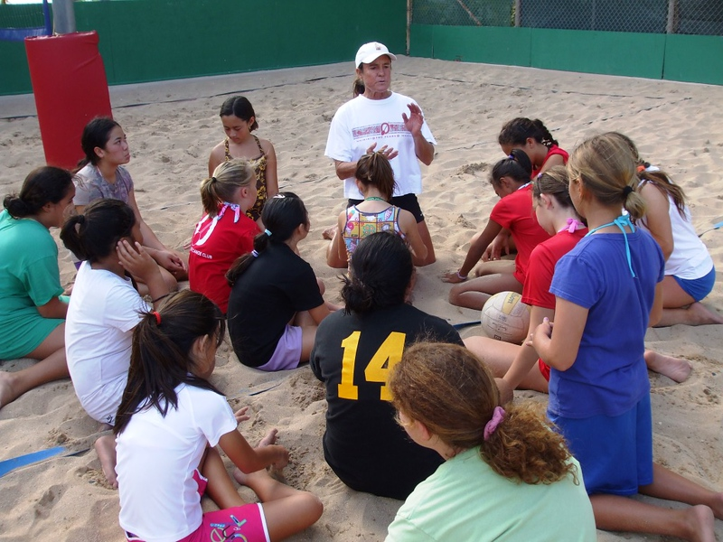 2010 Outrigger Girls Beach Volleyball