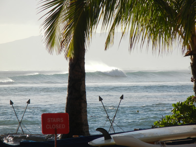 2012 Surf Breaking at Castles