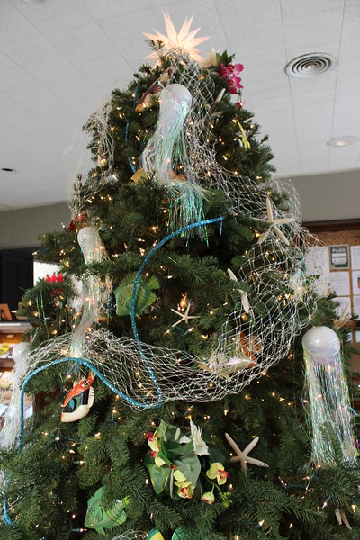 2014 Outrigger Christmas Decorations