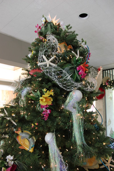 2014 Outrigger Christmas Decorations