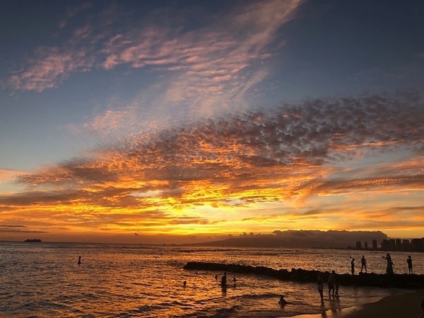 2019 Outrigger Sunset