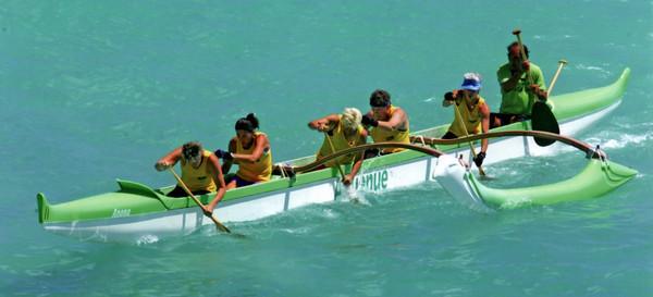 'Anuenue Canoe Club's Senior Master Crew