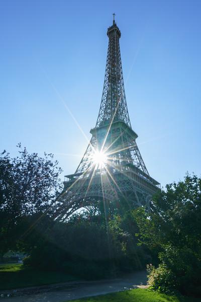 Eiffel sunburst.
