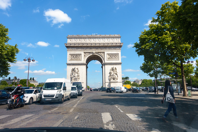 We were driven past the L'Arc de Triomphe on our way to the hotel. Glad I didn't have to drive through the round a bout there!