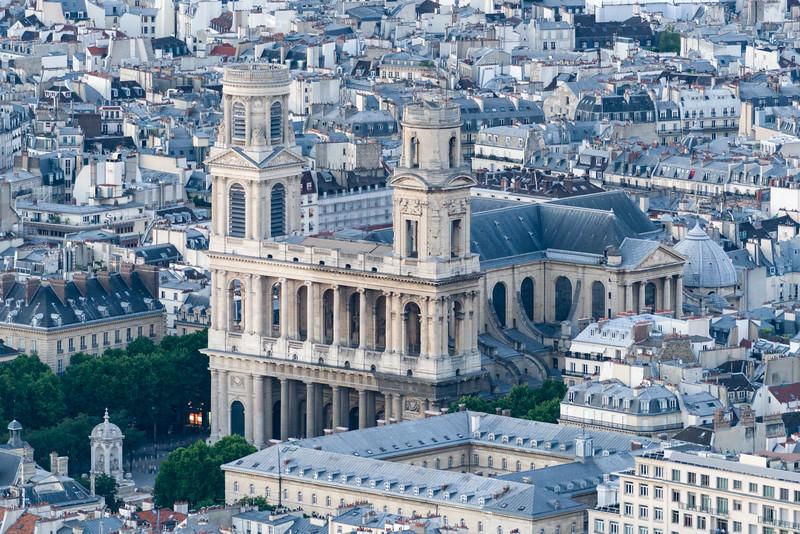 Église Saint-Sulpice.