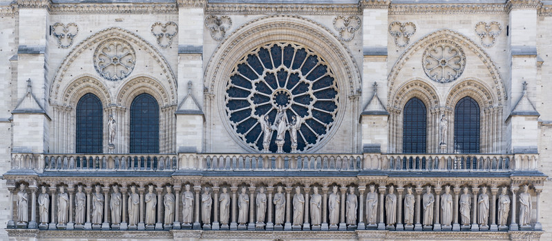 The west rose window and the gallery of kings (of Judah)