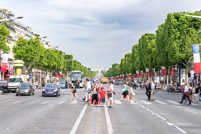 Looking back from L'Arc de Triomphe on the Avenue des Champs-Élysées.