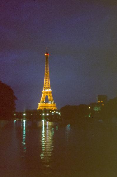 La Tour Eiffel on la Seine in 1979.