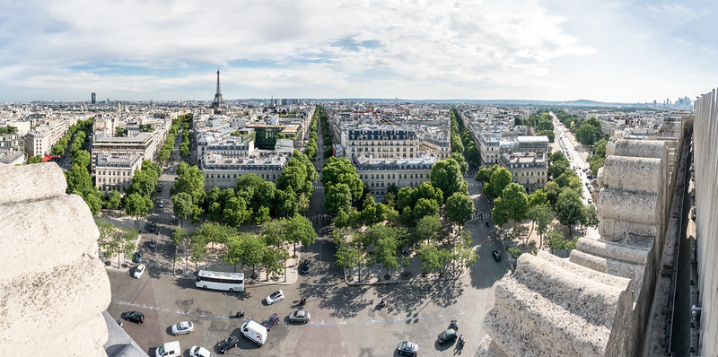Panorama from south side of l'arc.