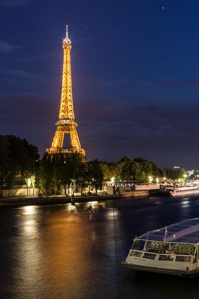La Tour Eiffel on la Seine.