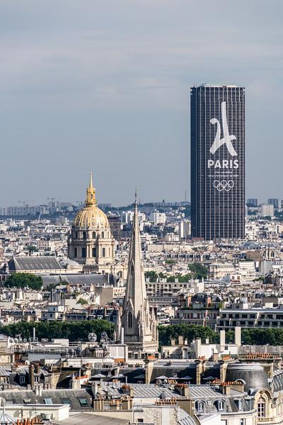 Tour Montparnasse and Tombeau de Napoléon 1er.