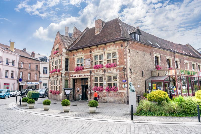 Front entrance of our hotel in Valenciennes - Auberge du bon Fermier (Hostel of the good farmer).