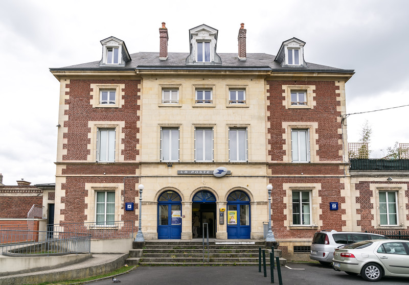 A French post office.