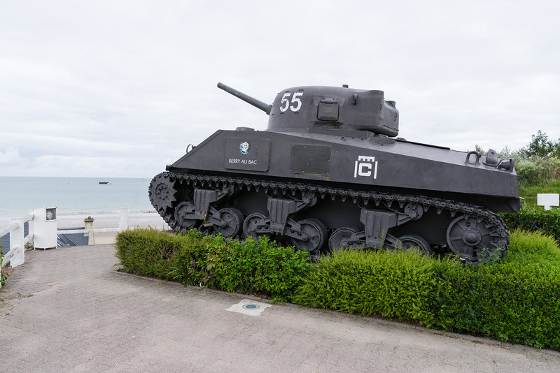 Sherman tank from the 2nd Armored Division of General Leclerc.