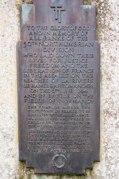 Closeup of the plaque.