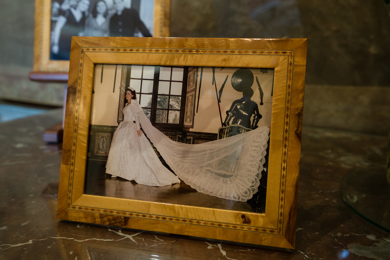 Tthe Marquise de Vibraye on her wedding day in 1994. (Her wedding dress is on display in another room in the château.)