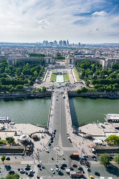 Jardins du Trocadéro as seen from La Tour Eiffel.