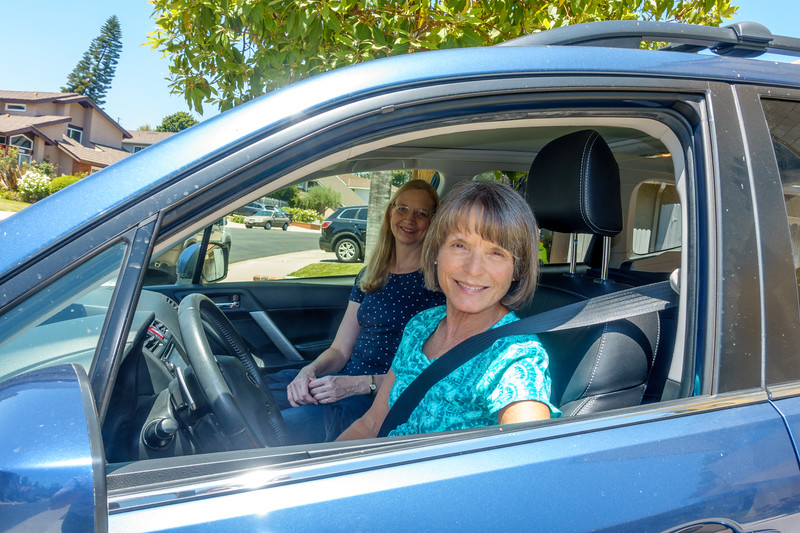 Carol drove us to the airport - and took her sunglasses off for the picture! (Merci beaucoup, Carol!)