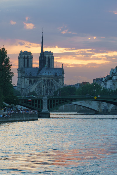Sunset against Notre-Dame.