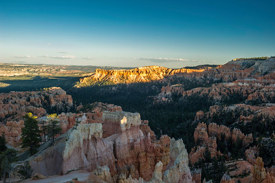 At Sunrise Point, Bryce Point is on the far right, about 30 minutes to sunset