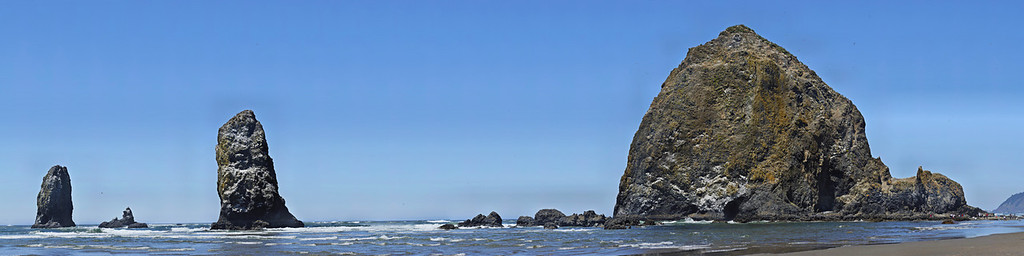 Cannon Beach 5 This is a resized 1.2 GB GigaPan. Original size is 20' by 80'.There is a sign at the lower right, easily readable by zooming in at the gigapan.com website, follow the link on my homepage.